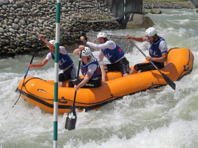 Sterzinger Rafter überraschen bei der R4 Europameisterschaft in der Slowakei