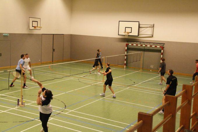 Hervorragender zweiter Platz beim Badminton  Turnier von Mils-Innsbruck