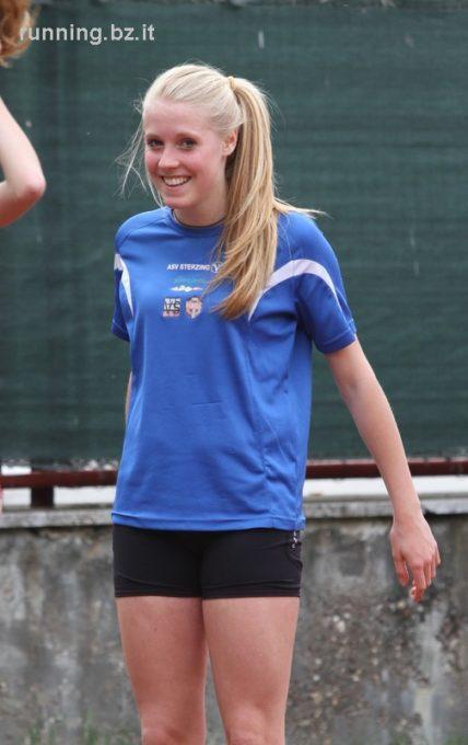 Mannschaftsmeisterschaften der weiblichen Jugend B in Bozen. Patrizia Mayr erzielt Vereinsrekord im Speerwerfen