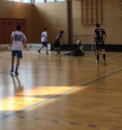 Erfolgreicher Beginn der Floorballmeisterschaft 2016/17 auf dem Kleinfeld
