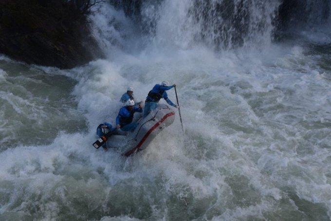 Erster internationaler Test der Rafting Teams aus Sterzing auf dem Fluß Korana im kroatischen Slunj