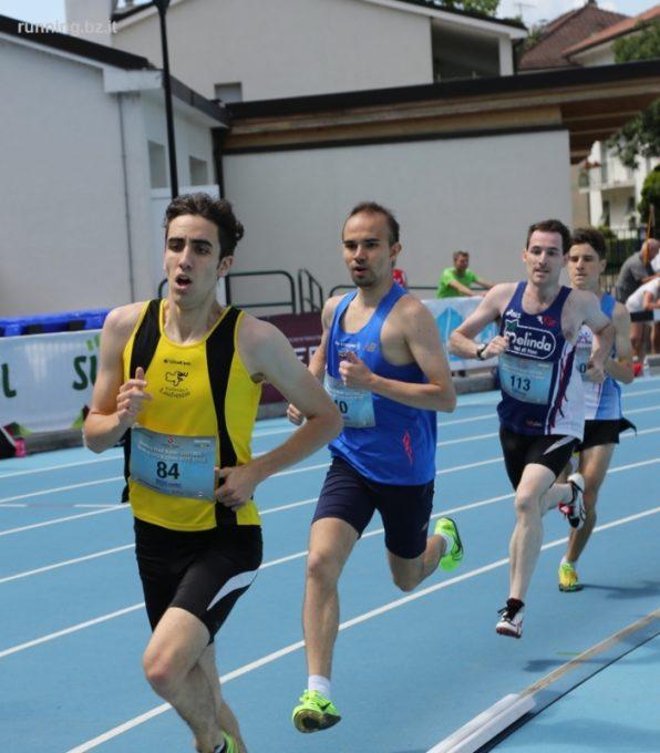 Die Läuferinnen und Läufer des ASV Sterzing Volksbank glänzen beim 1. Meeting der Stadt Bozen und stellen persönliche Bestleistungen auf